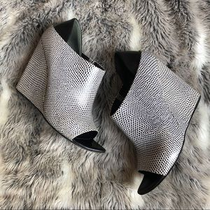 Alexander Wang | Alla Open Toe Wedge Booties Sz 6